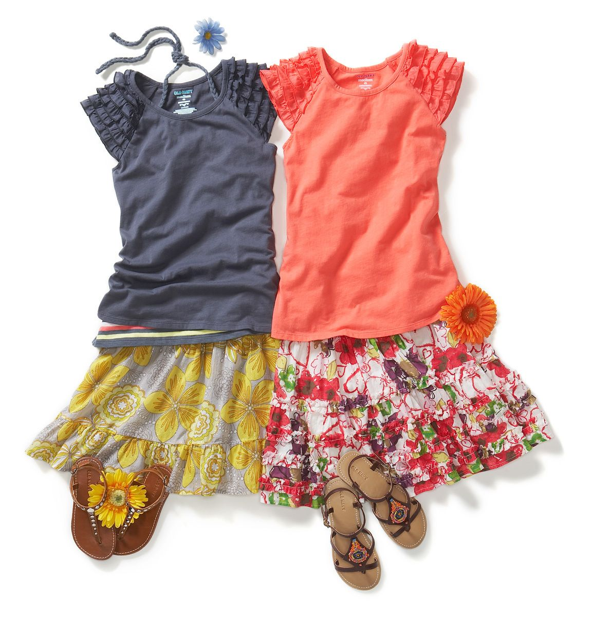1old_navy_skirt_outfits_with_flowers.jpg