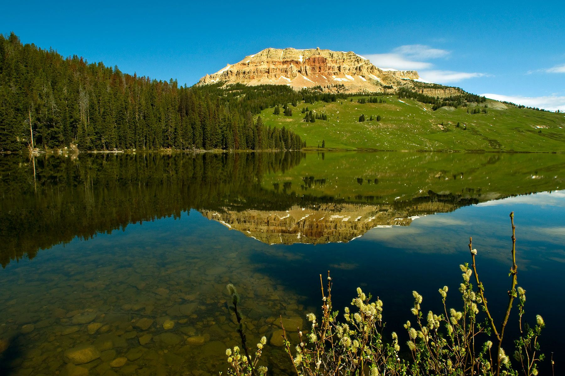 1yellowstone_beartoothlake.jpg