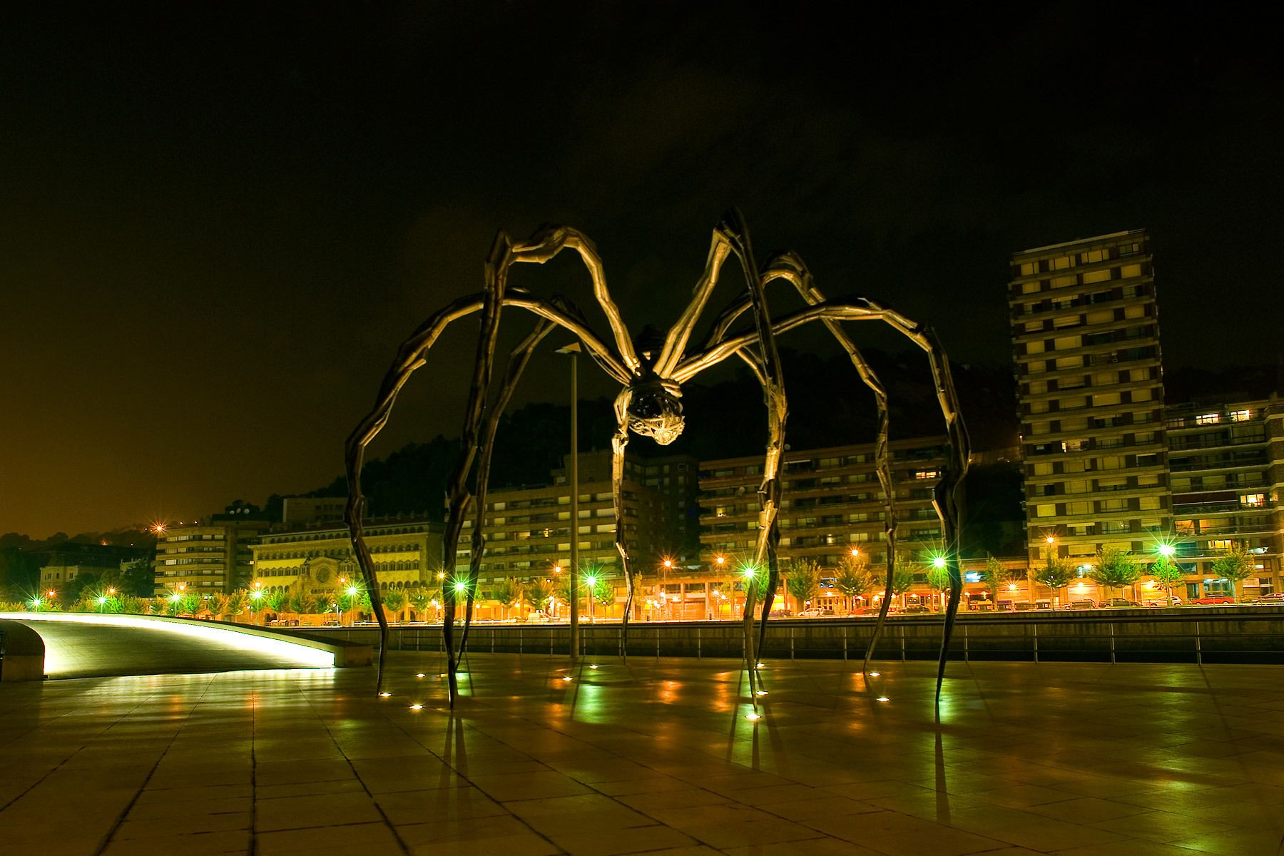 1guggenheim_spider.jpg