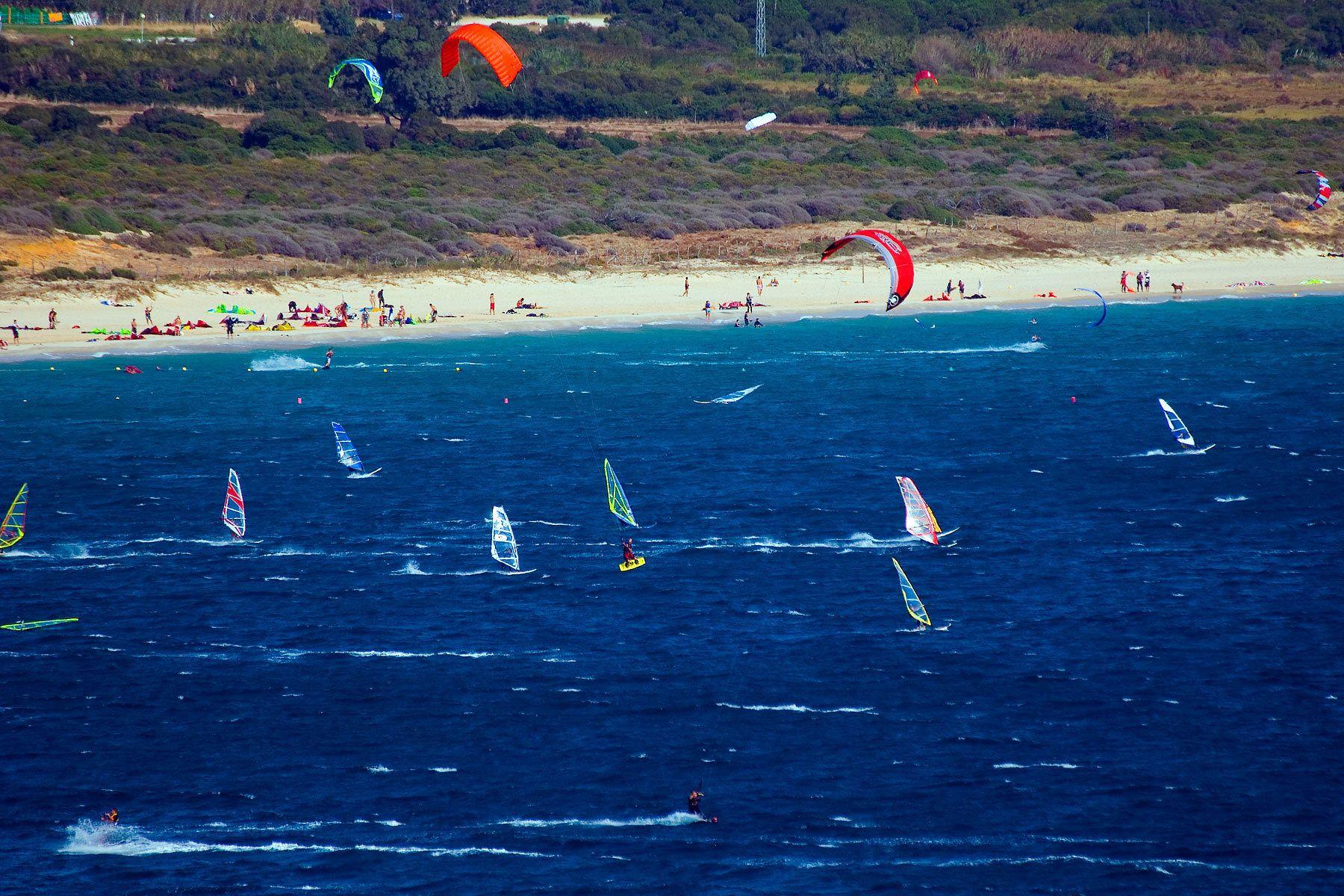1tarifa_windsurfers.jpg