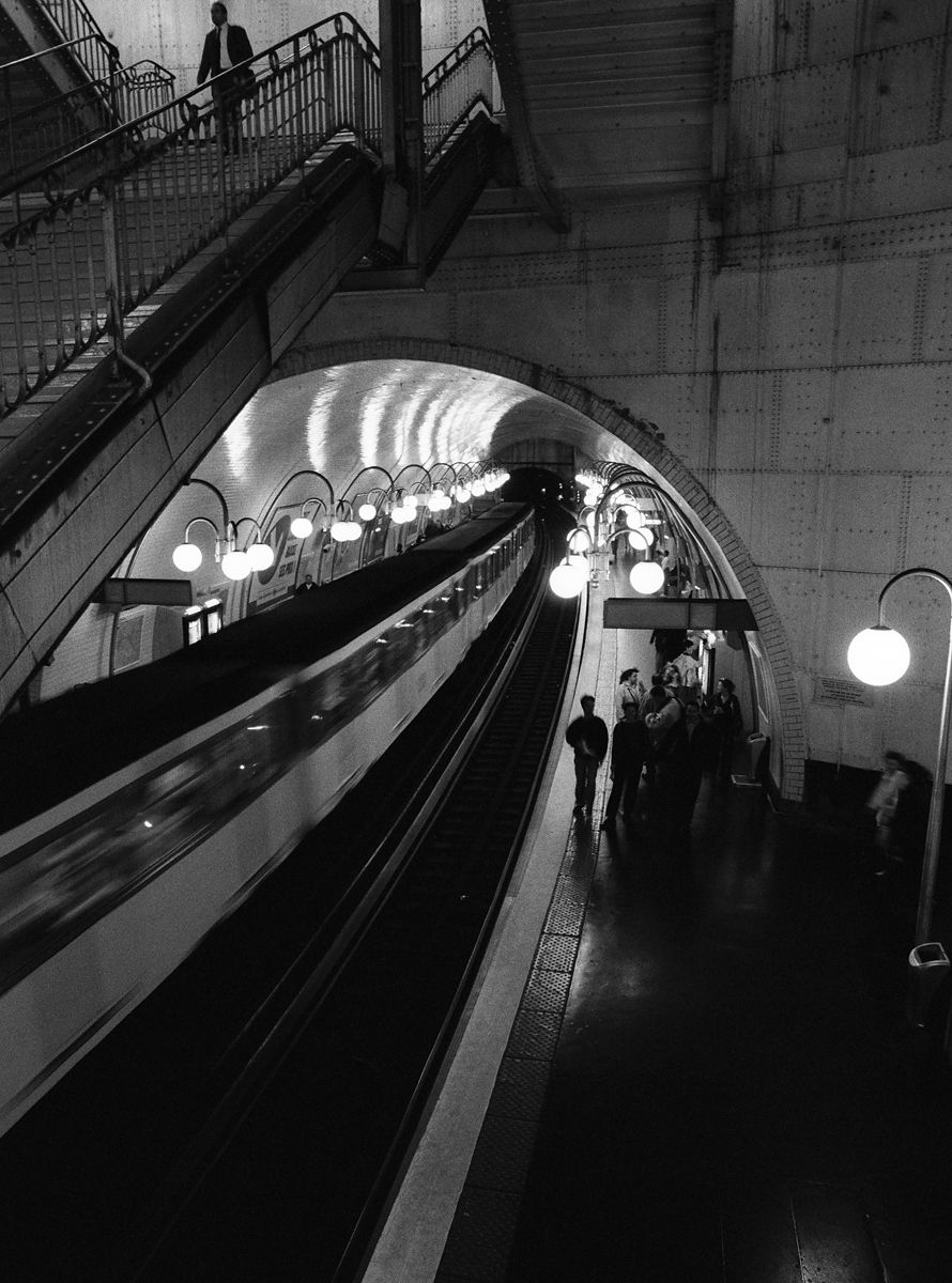 1paris_subway.jpg