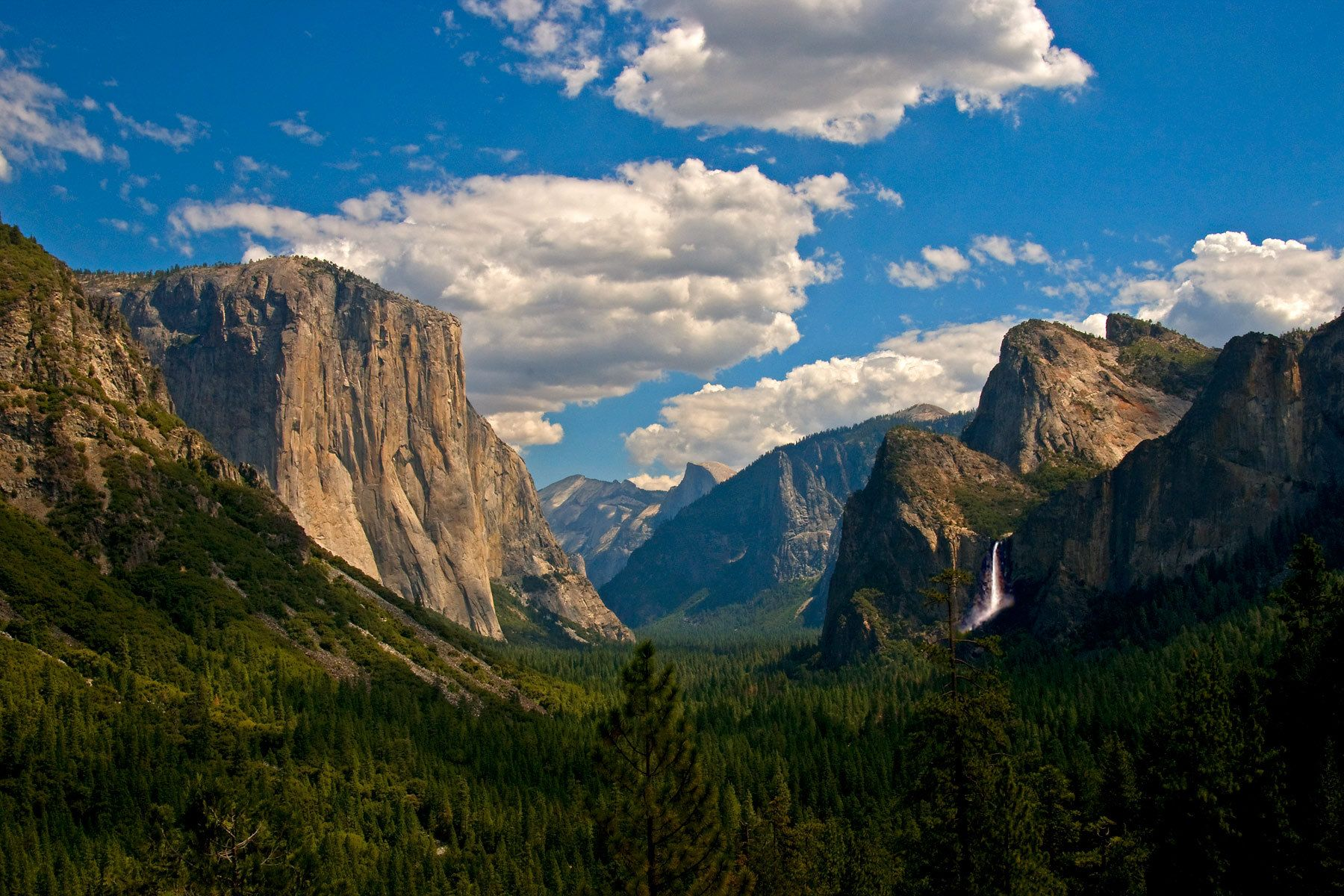 1yosemite_valley.jpg