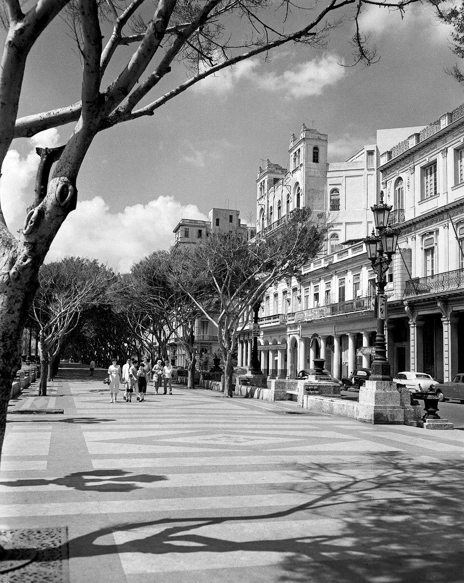 Paseo del Prado 1952