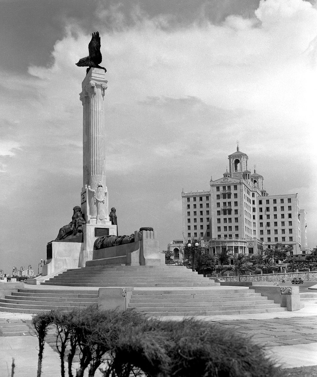 Maine Monument and Hotel 1953