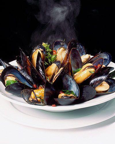 steaming mussels kiyoshi togashi
