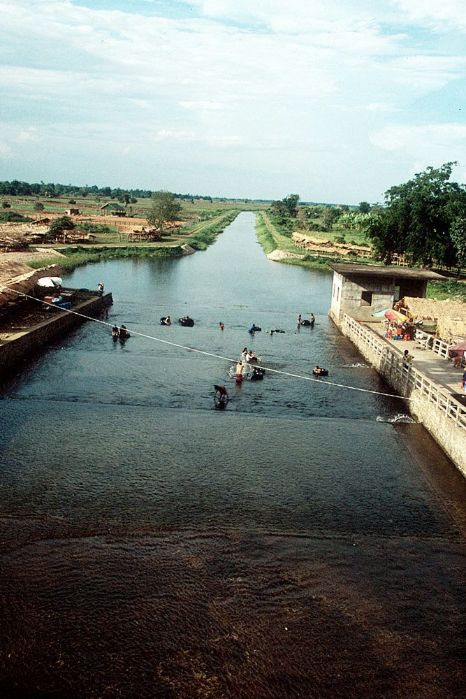 The dam was built using slave labor between 1977 and 1978 and was the largest irrigation project of the Khmer Rouge regime.