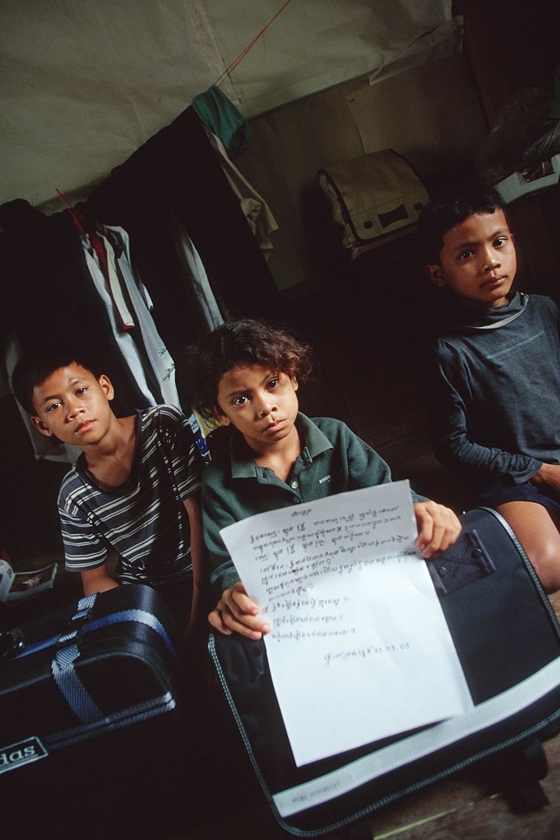 "Seri's three children are now living in an orphanage.The eldest brother, Vuthy is 14 and is taking care of his 11-year old brother Vutha, and his 8-year old sister, Lekhana.""My parents died from a sickness. I wanted to help them."""