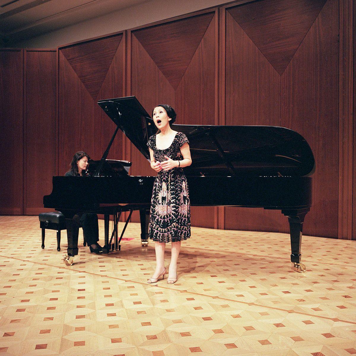 Chikako Watanabe. Opera Singer.