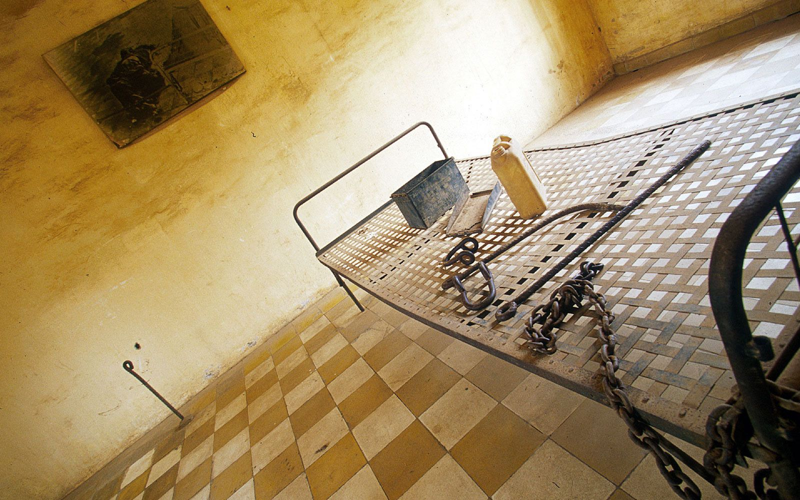 S-21(Toul Sleng Prison)