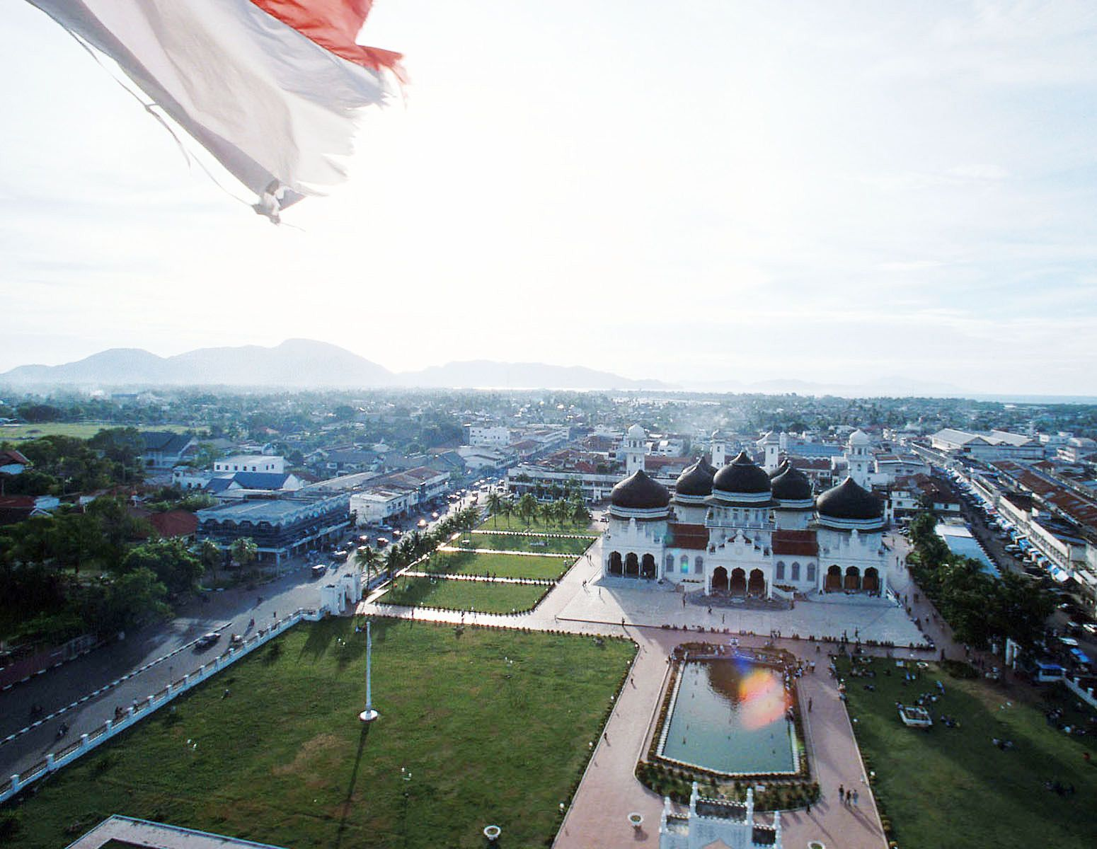 Banda Aceh is the capital city of Aceh. Baiturrahman Mosque is one of the most beautiful mosques in Southeast Asia.