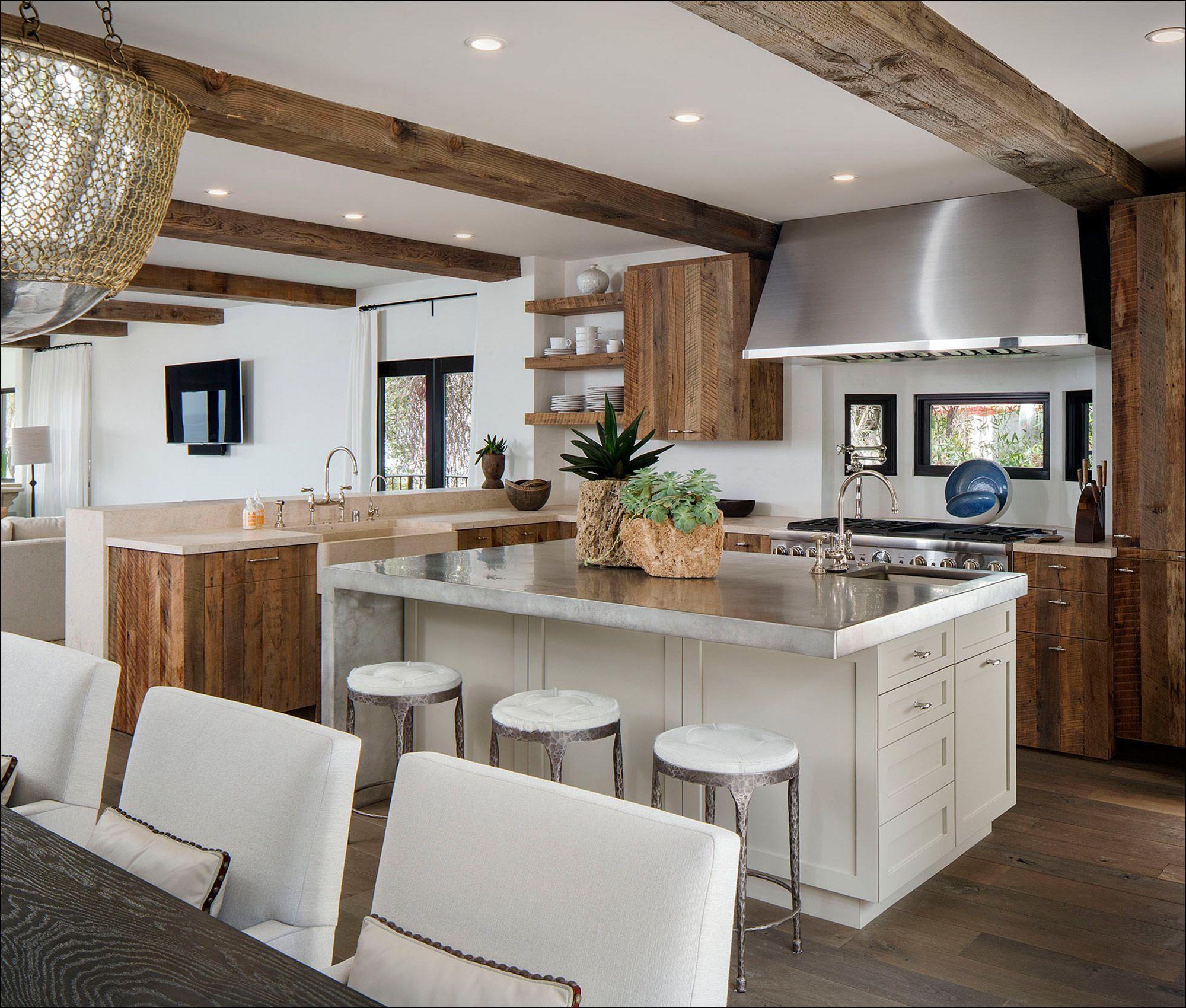 MelindaGrubbsInteriors_LagunaBeach_Kitchen_InteriorDesignPhotography.jpg