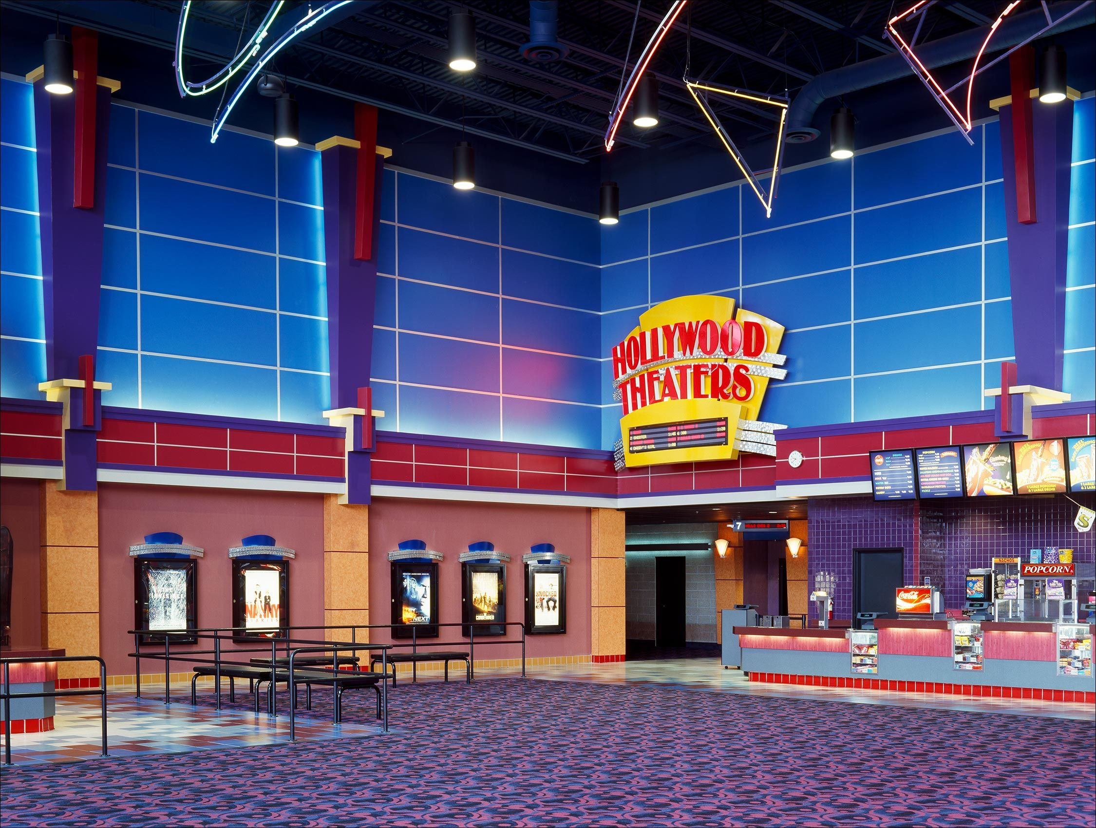 Hollywood_Theaters_Florida_California_ArchitecturalPhotography.jpg