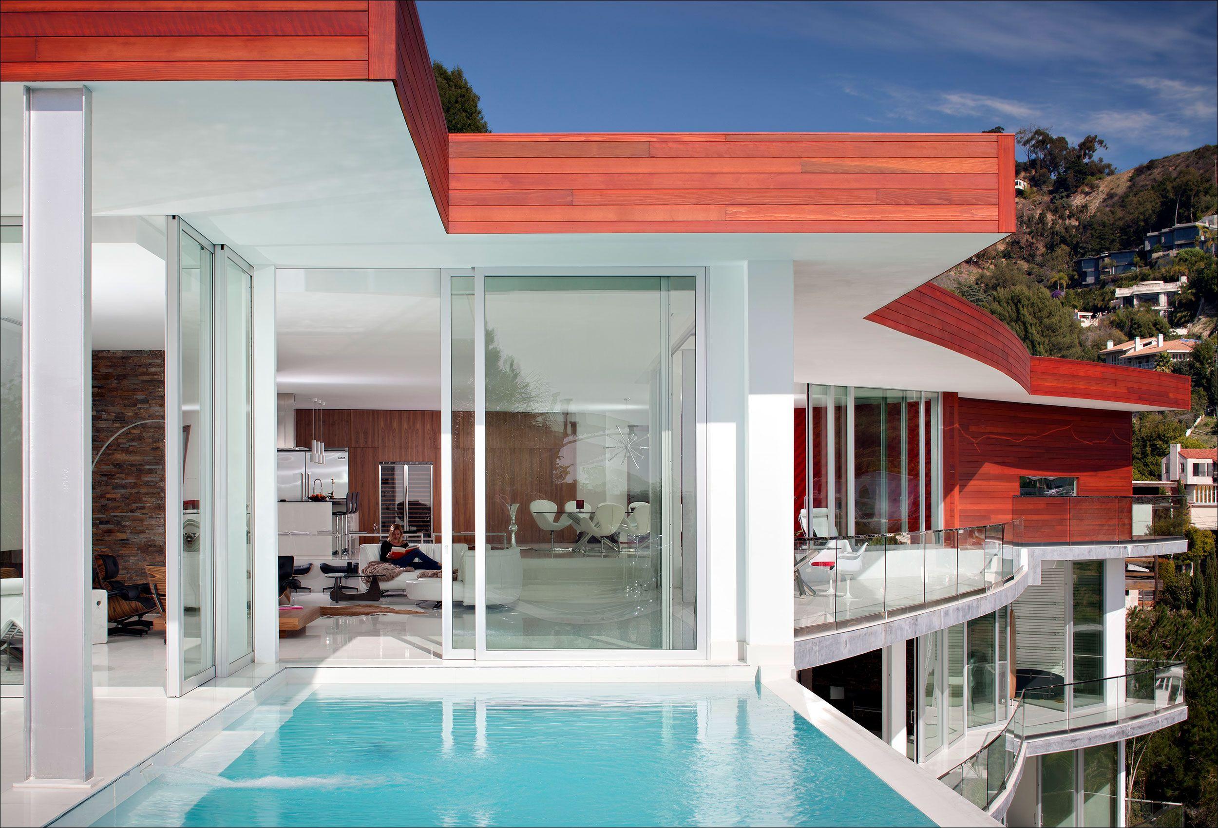 WeilandWindows_HollywoodHills_LosAngeles_ResidentialArchitecturePhotography.jpg