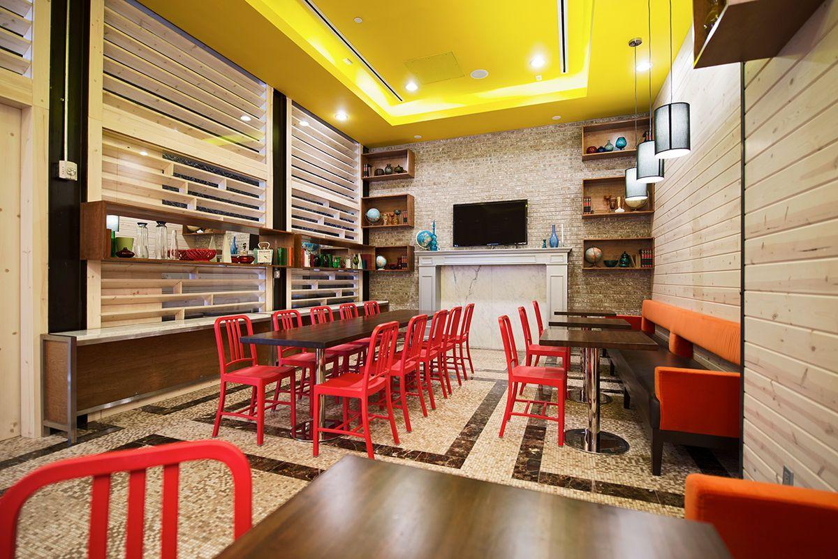 101_spaces_food020.jpg