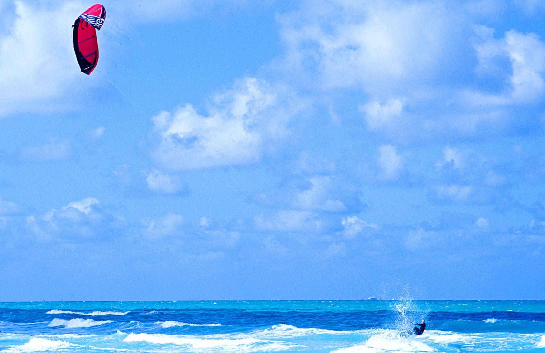 1kitesurf_wetsuit_miami