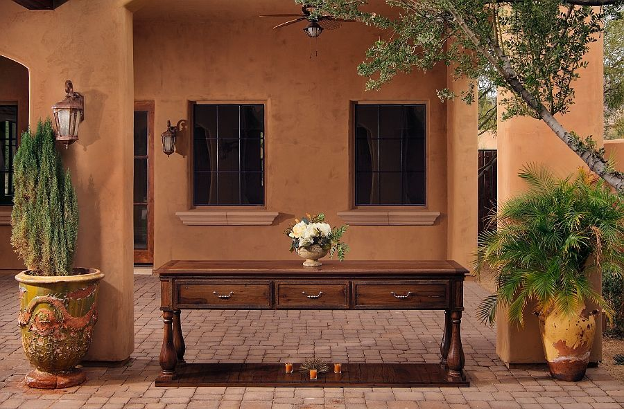 101_long_table_exterior.jpg