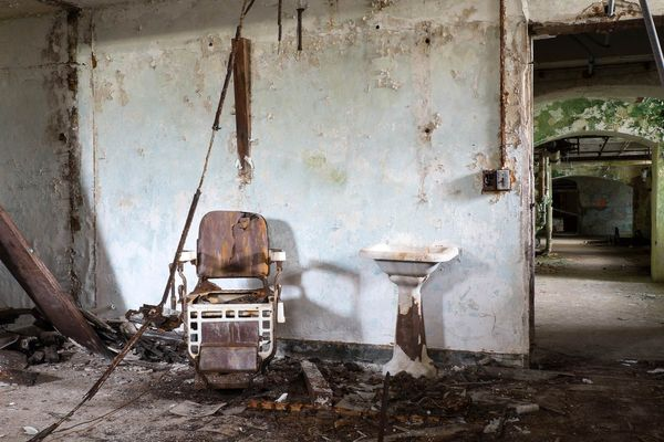 Barber Shop: Greystone State Hospital