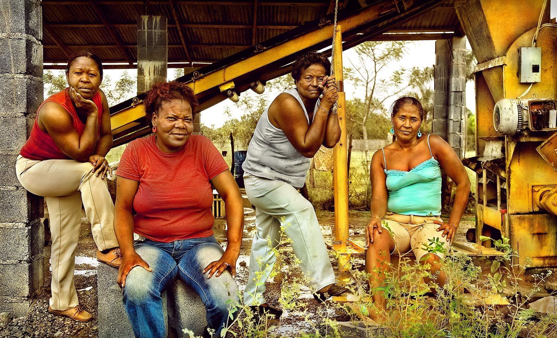 ANTIA MAÑÓN RINCÓN, PORFIRIA FRÍAS, SIMONA FLORES, SILBERIA BELTRÉ, MUJER 2007