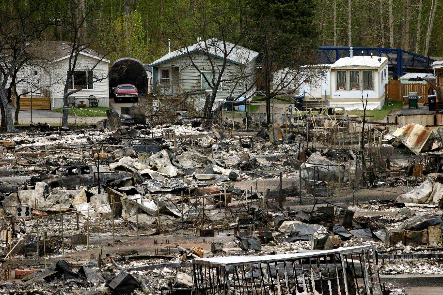 1wildfire_devastation_2w.jpg