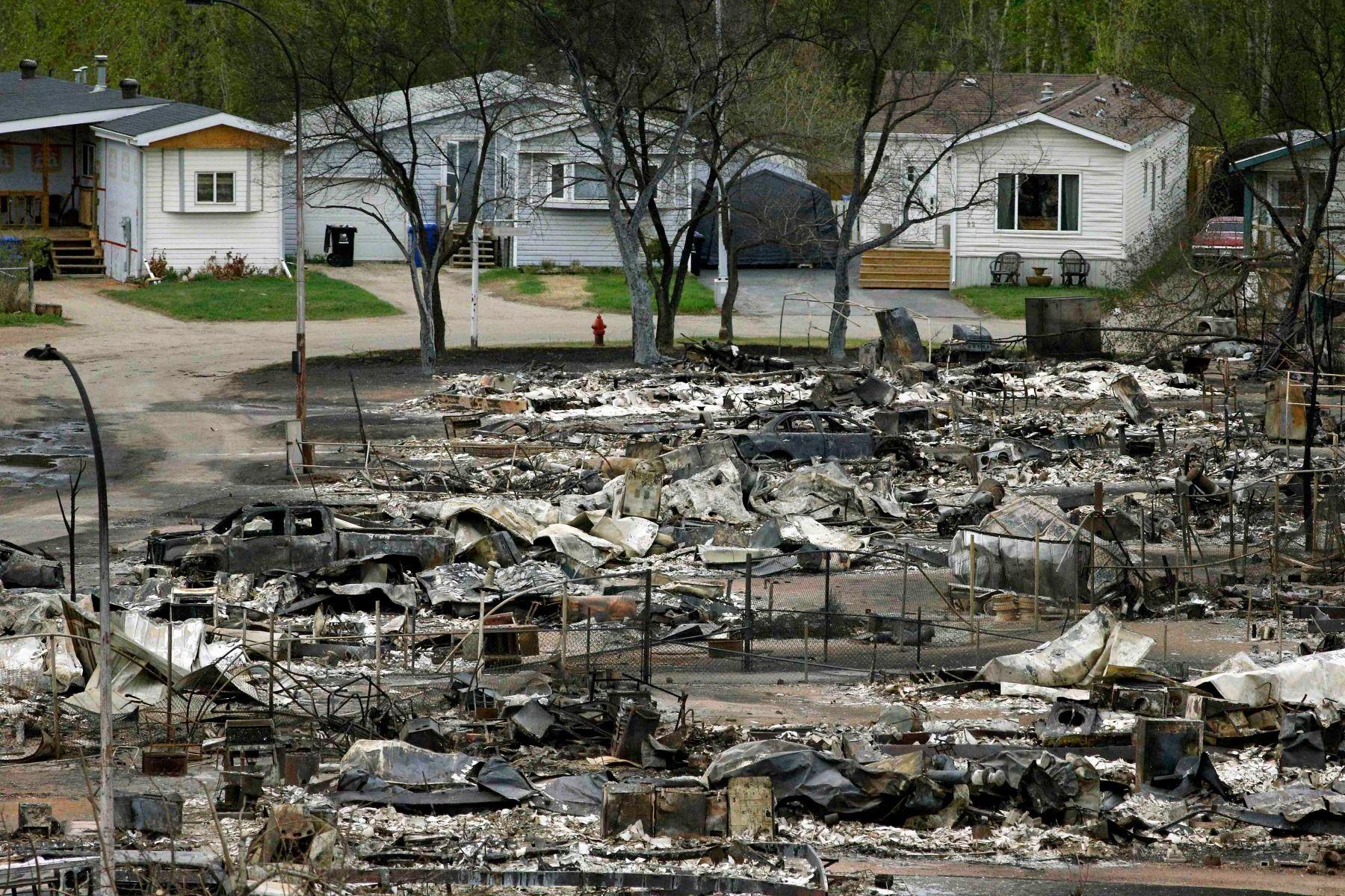 1wildfire_devastation_1w.jpg