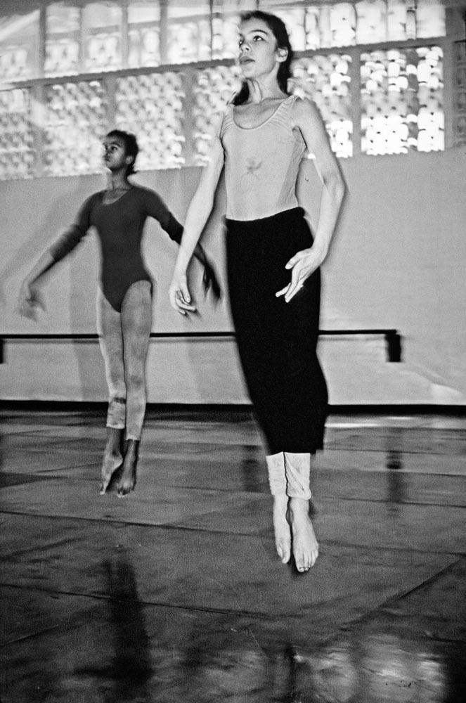Ballet class at Ricardo Porro's School of Modern Dance