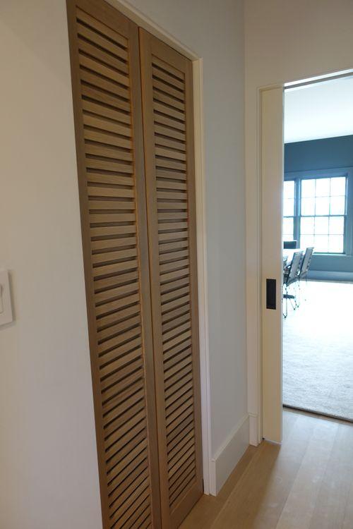 PIC BUTLERS DOOR .jpg