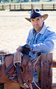 1Portrait_of_a_cowboy_at_a_ranch.jpg
