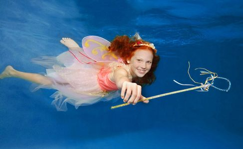 1Fairy_with_a_wand_underwater.jpg