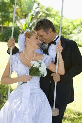 1Joyful_bride_on_a_swing_wit.jpg