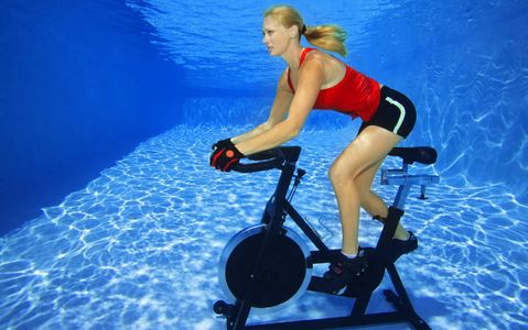 1Woman_bike_spinning_underwater.jpg