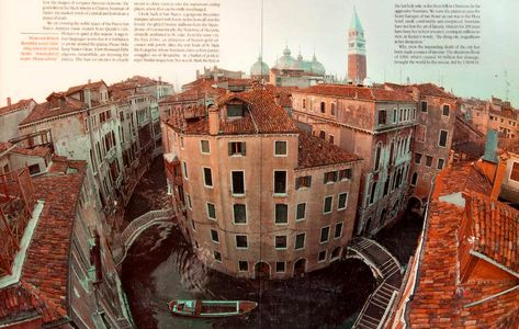 1Hairpin_canal_in_Venice_Italy.jpg
