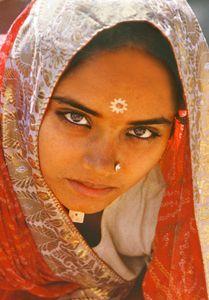 1india_woman_redo_2_w.jpg