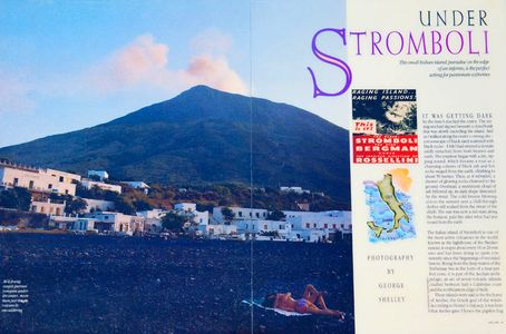 1Stromboli_Island_volcano_in_the_background.jpg
