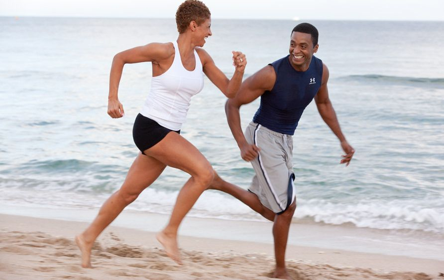 1Couple_running_on_the_beach.jpg