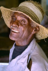 1bahamian_man_straw_hat_ww.jpg