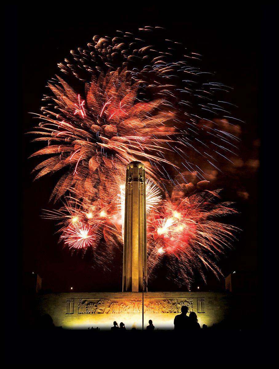 1090524_fireworksbestweb.jpg
