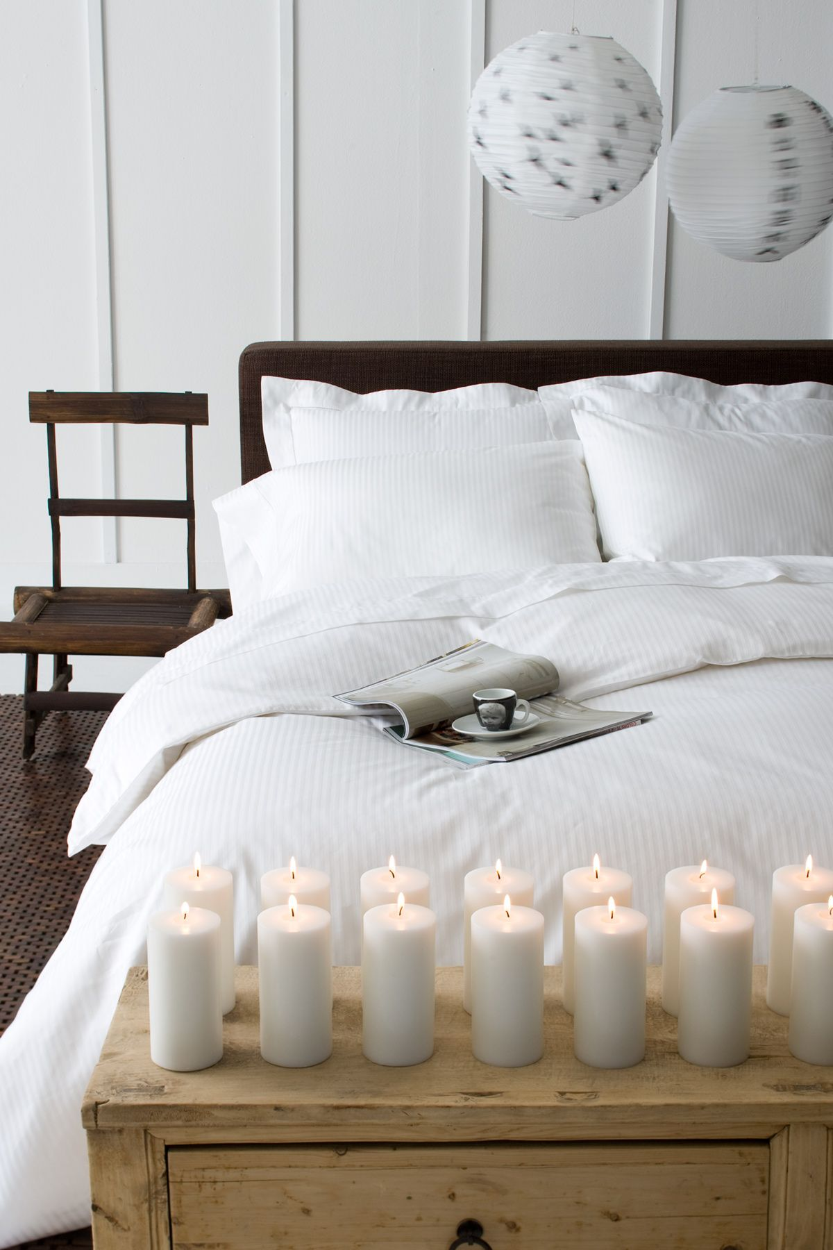 PLAIN-WHITE-BED_020.jpg