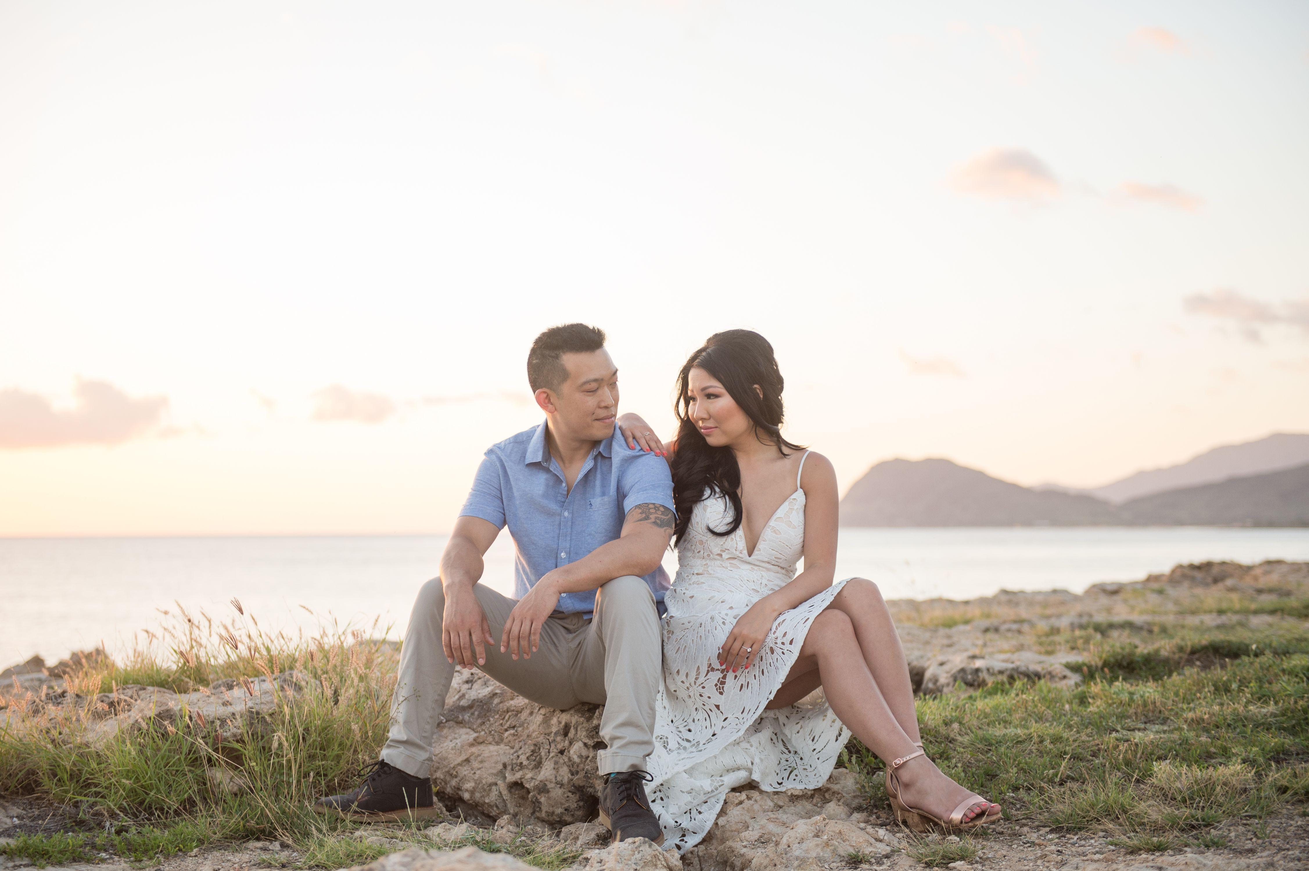 Honolulu Engagement Photographer