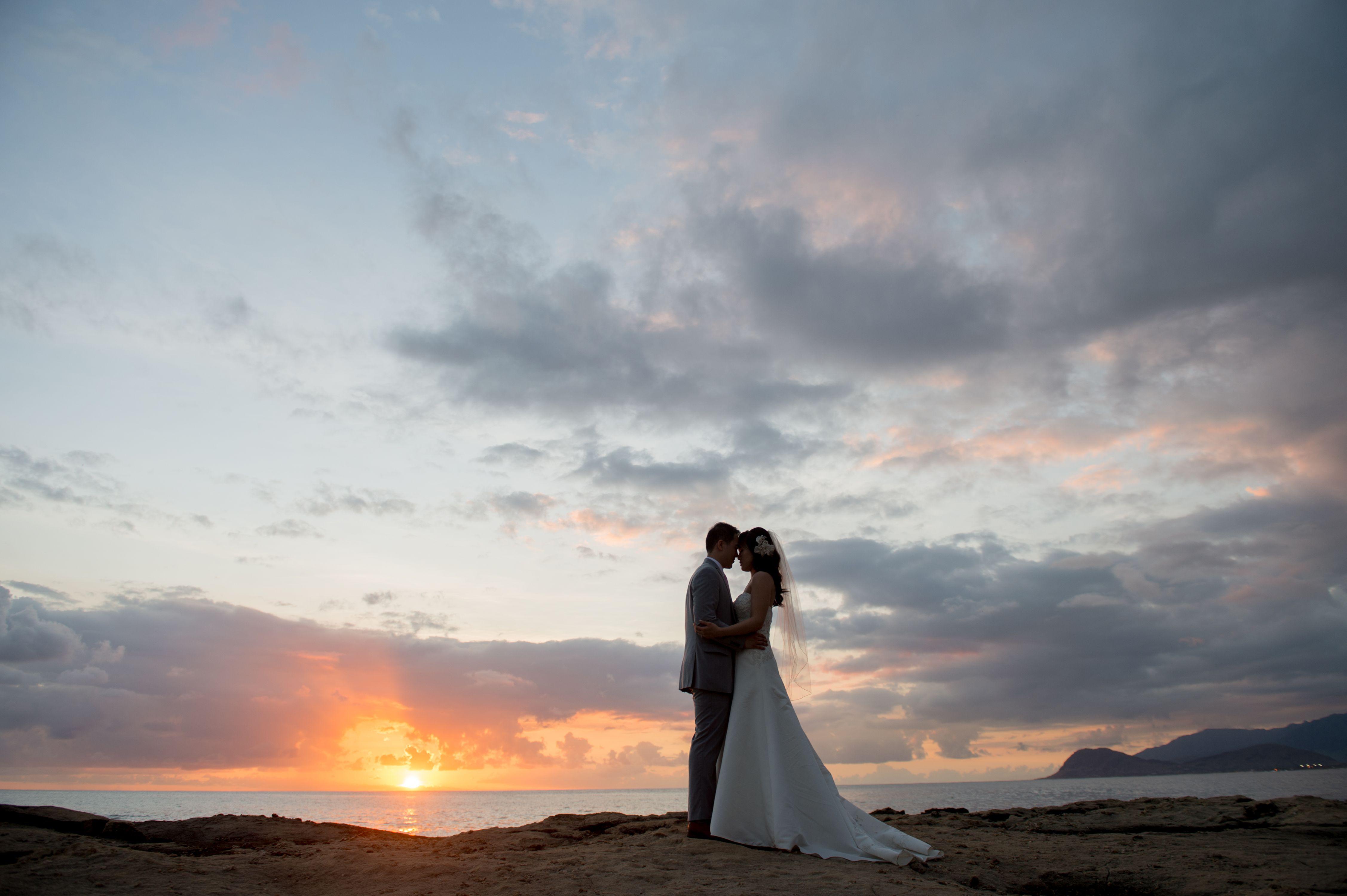 Hawaii Sunset wedding photos