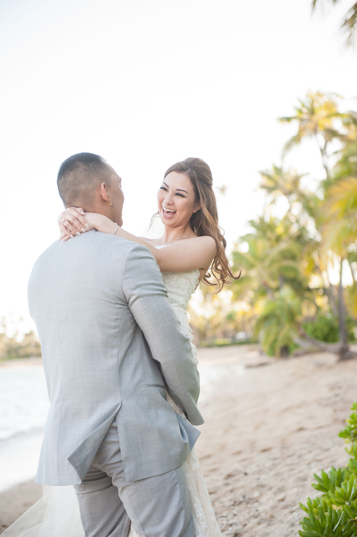 Hawaii wedding photojournalism