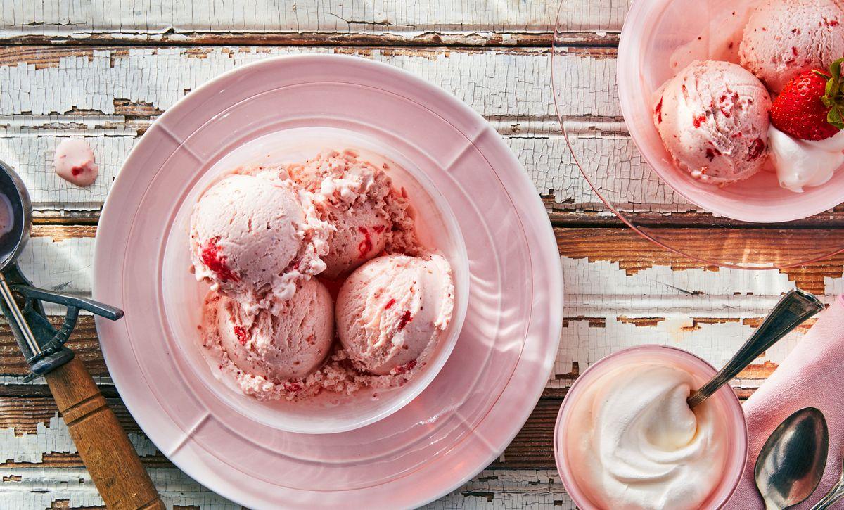 lisa bishop food stylist- strawberry ice cream in blush