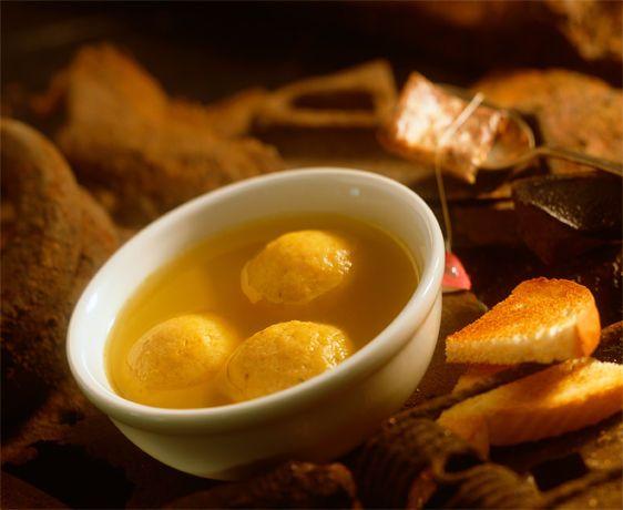 lisa bishop food stylist- matzo ball soup