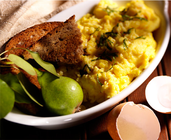 lisa bishop food stylist- scrambled eggs and toast