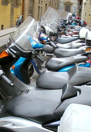 1florence_mopeds