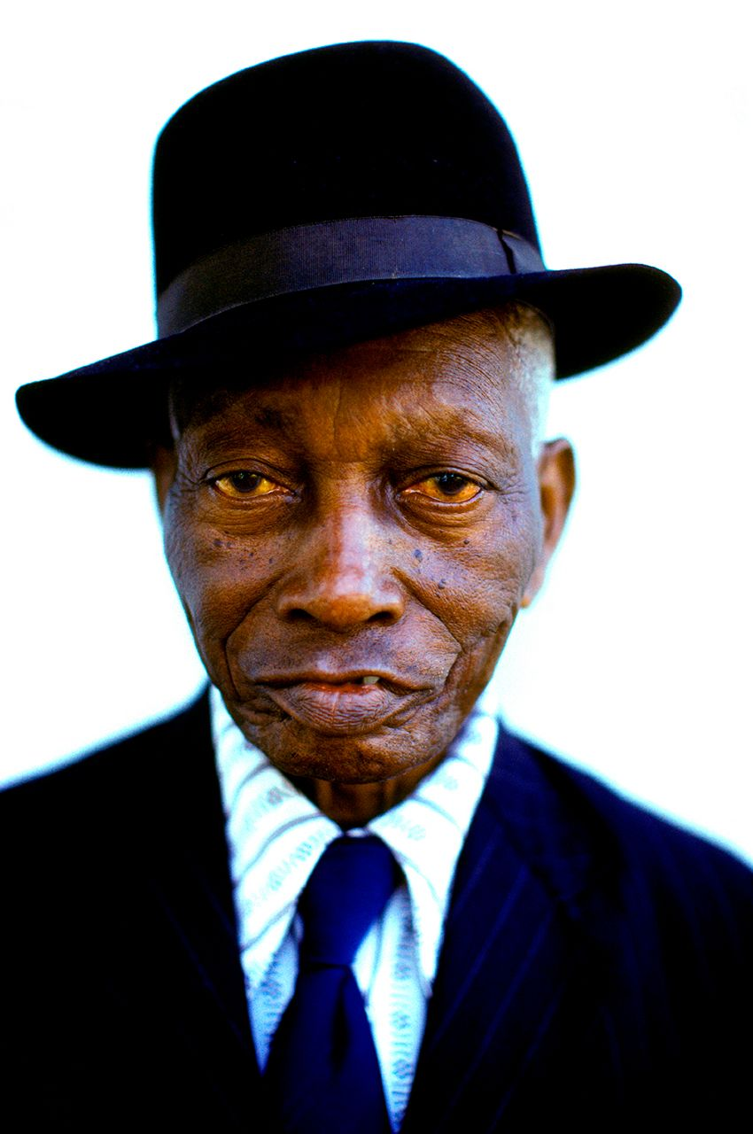 822-Black-man_black-hat.jpg