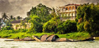 TEXTURES OF VIETNAM / PERFUME RIVER
