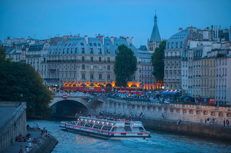 Bateaux Cruise in Paris