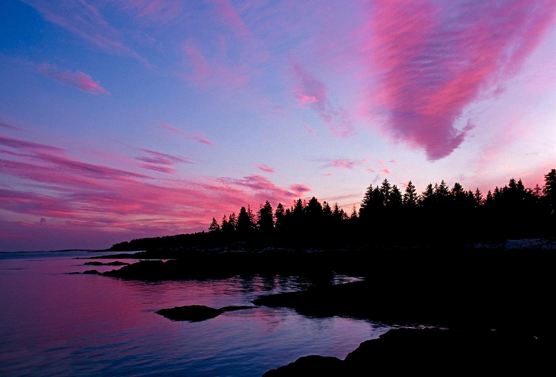 Sunset over the oceans edge, New Harbor, Maine
