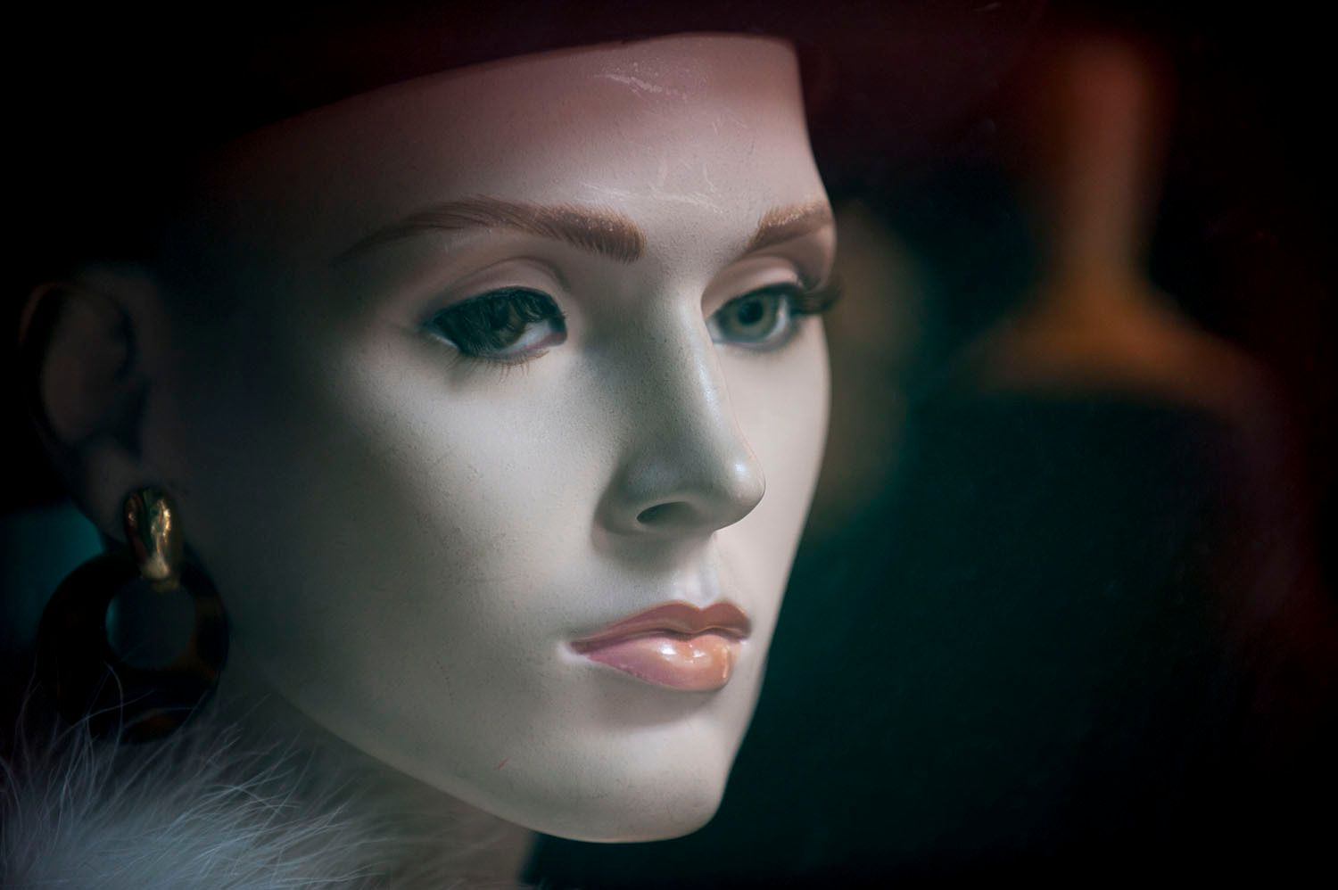 Elegant Female Mannequin Head with Hat and Earring