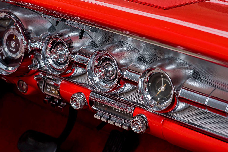 1958 Pontiac Dashboard
